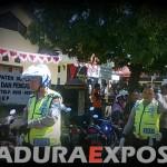 Demo LSM Tuntut Kadispendukcapil Sumenep Segera Dicopot