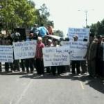 Bantuan Rp 3 M Tak dicairkan, 500 Petani Demo Kadis Hutbun