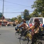 Brakk!!! Rombongan Haji Asal Sumenep Tabrakan di Surabaya