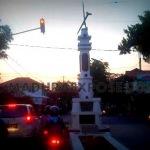 Monumen Keris Mengancam Keselamatan Pengendara!!