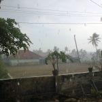 Hujan Pertama Guyur Kawasan Sumenep Barat
