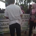 BBM Naik, Presiden Jokowi  'Dijatah' Nasi Bungkus