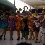 Selusin Model Cantik Surabaya Berbalut Batik Sumenep