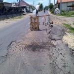 Jalan Raya Ketapang-Sampang rusak parah (Dok/MaduraExpose.com)