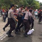 Unras: Mahasiswa dipukul mundur, Polisi Dilempari Telur Busuk