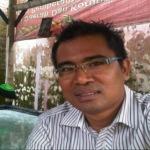 Mathur Husaini, aktivis anti korupsi Bangkalan yang ditembak komplotan orang tak dikenal (Istmewa)