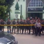 Picture: Demo Kantor Disdik dikawal Ketat Aparat