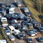 Brakkk...! Enam Mobil Pribadi Terlibat Tabrakan Beruntun