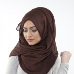 Siswi Muslim Dilarang Mengenakan Jilbab dan Rok Panjang