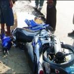 Breaking News: Tabrakan Bermotor di Jalan Raya Gapura