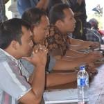 Kisruh PPK, Ketua KPU 'Nantang' Carok Pendemo