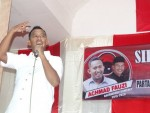 AF: Pejabat harus dikritisi, biar kerja!!!