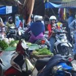 Pasar Anom Bangselok Masih Jadi Idola