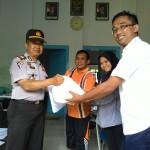 Bantuan Korban Banjir Sampang Masih Mengalir