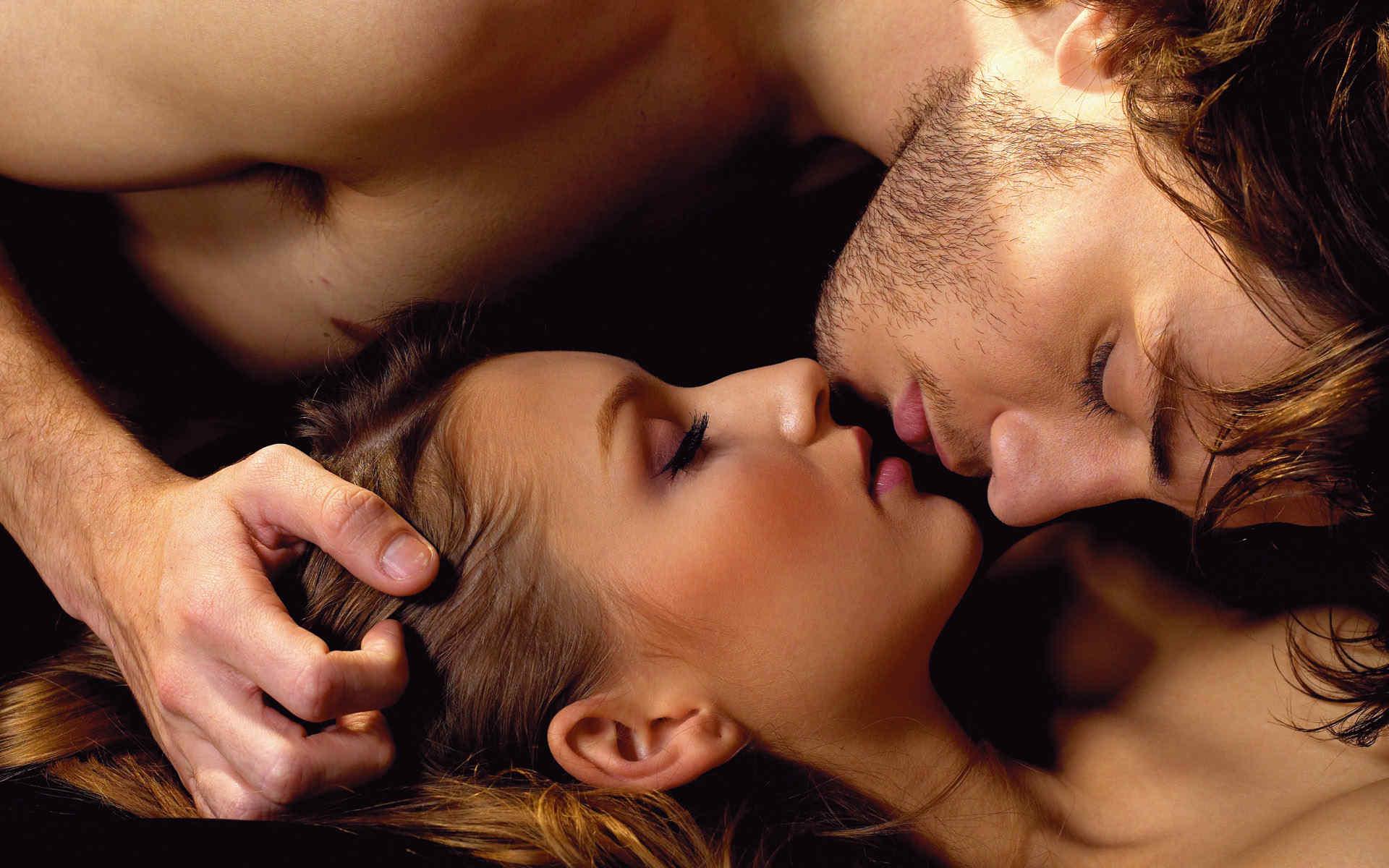 Страстная любовь и нежные ласки смотреть видео