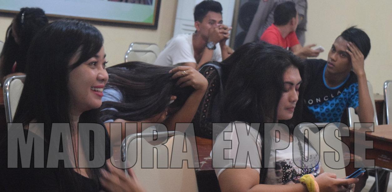 Wanita-wanita ini terjaring dalam operasi polres di salah satu Cafe Sumenep