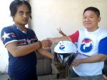 Safety Riding: Ketua Perindo Bagi-Bagi Helm Gratis