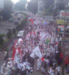 Kecam Ahok, Ribuan Umat Islam Kepung Istana Bogor