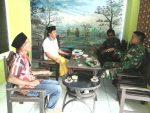 Babinsa Karangsokon Ramil 0827/07 Guluk-Guluk melaksanakan Komunikasi Sosial
