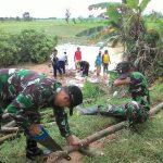 Tanggul Sungai Kali Anyar  Jebol, Koramil Kota Turun Tangan