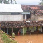 Rumah Warga Lenteng Timur Terendam Banjir