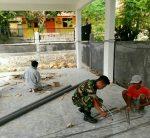 Koramil 0827/05 Lenteng Ikut Peduli Bantu Perbaikan Balai Desa