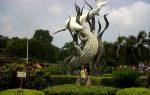Mahasiswa Surabaya Buat 200 Jam dari Barang Bekas
