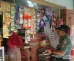 Tak Mau Kecolongan,Babinsa Sapudi Cek Harga Sembako Di Pasar Wilayah Binaan