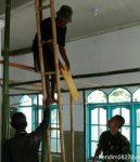 Babinsa Koramil 0827/10 Ambunten Ikut Bantu Warga Binaan