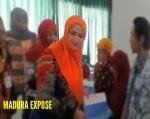 Serahkan Bantuan UMKM, Istri Bupati Sumenep dikecam